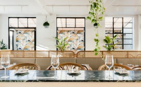 霍巴特热带风情度假餐厅设计:建筑与自然风情的完美结合
