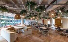 在办公室装修设计中,墙面的材料我们该如何选择?