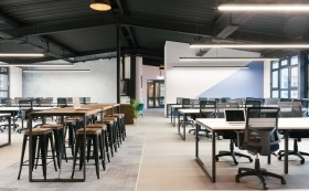 办公室装修中,如何选择既环保又实用的瓷砖?
