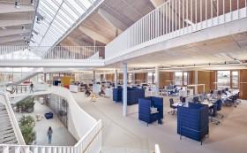 在办公室装修设计时,该如何做好商业空间设计?